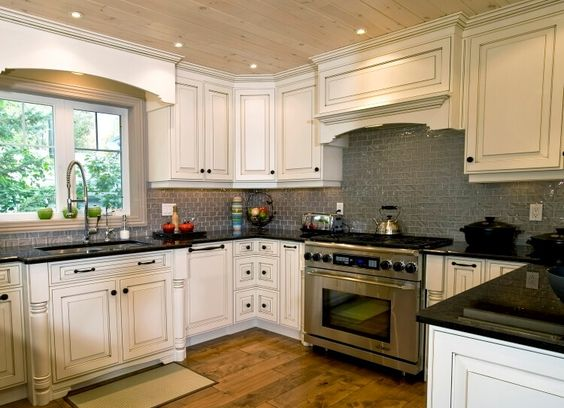 Incroyable Backsplash Ideas For White Kitchen From How To Measure For Kitchen  Backsplash | Heroreports.org | Pinterest | Backsplash Ideas, White Cabinets  And White ...