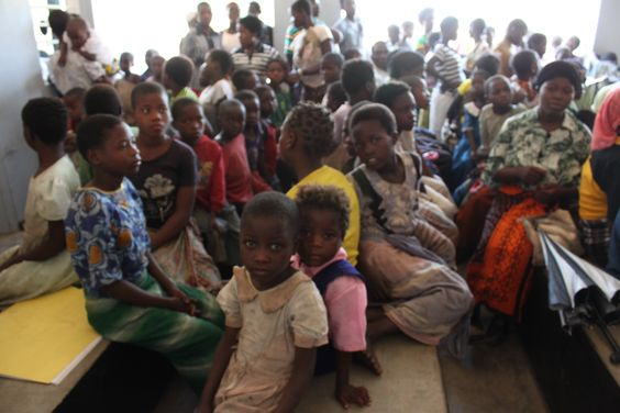 Faces of the Nandumbo Health Centre patients #Malawi #HELPchildren