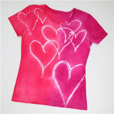 Crafty Heart Valentine T-Shirt ♥  Wear your heart on your sleeve, literally! This crafty tee is hard to resist when you see how fun it is... ♥ Instructions