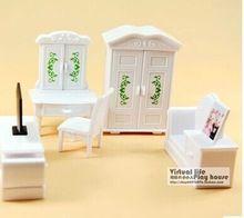 Freies Verschiffen! ORCARA re-ment kunststoff schlafzimmer schreibtisch 5 stücke mit box Spielzeug Abbildung Acceseries wald ~ Möbel geschenk Spielzeug puppe(China (Mainland))