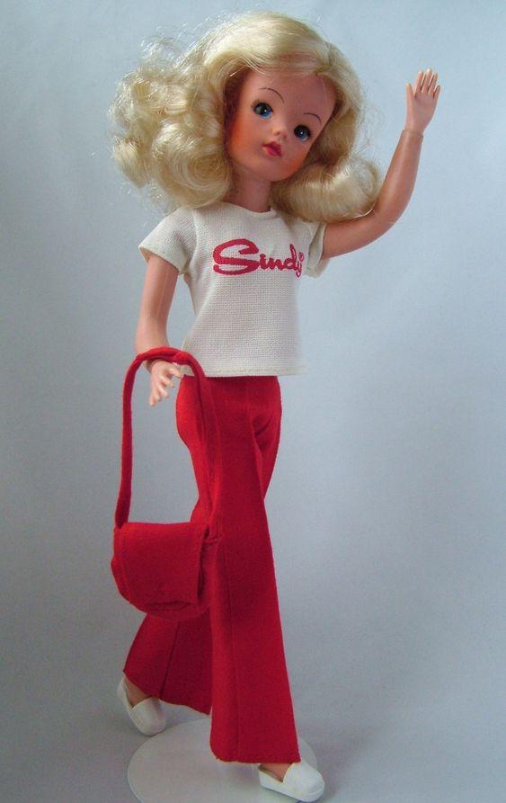 Weekender. Har 2 av detta set. Bara väskan fattas. I have 2 of these. Only the bag is missing.
