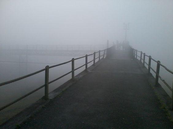 Atravessando o nevoeiro em pleno dia.