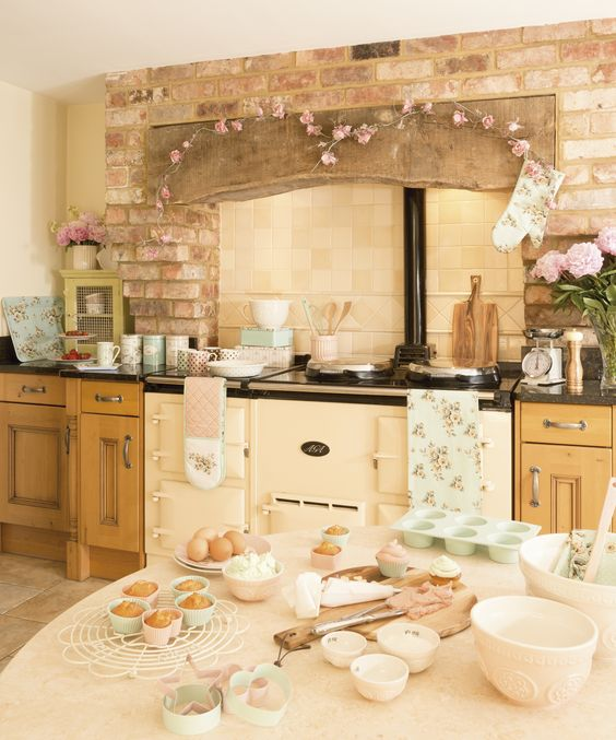 Katie Alice Vintage Baking. Lovely country farmhouse kitchen. Why not head on over to join our FREE interior design resource library at www.FlorenceAndFreya.com?: