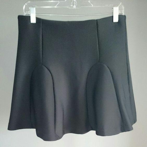 Black short skirt Cute black skirt. Zipper on the side. Skirts