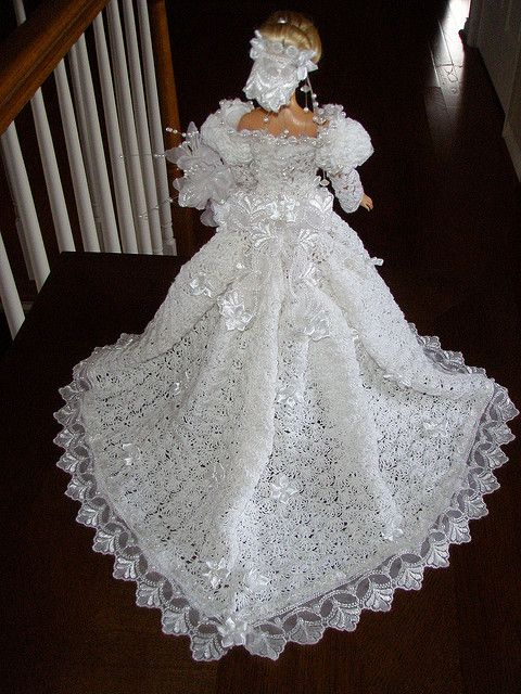 Free Knitting Pattern For Barbie Wedding Dress : Free Crochet Barbie Wedding Dress Barbie Crocheted Wedding Gown Doll clot...