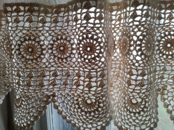 Free Crochet Patterns For Curtains And Valances : Lace, Read more and Crochet lace on Pinterest