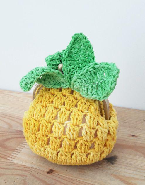 Crochet pineapple coin purse: free pattern
