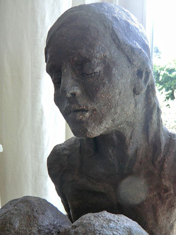 Auftragsarbeit Garten Skulptur Ton glasiert, Elvira Günther Stuttgart