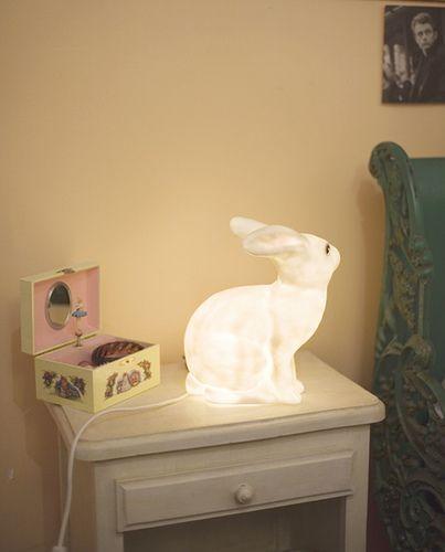 Bunny lamp, god, I want one.