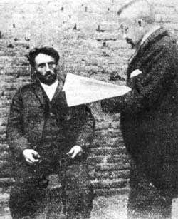 Acusado de ser el autor de tres homicidios, Emile Dubois fue fusilado el 27 de marzo de 1907 en el patio de la herrería de la cárcel de Valparaíso.