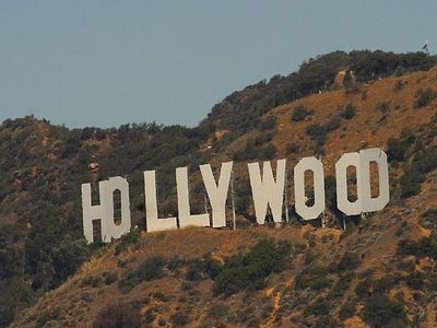 How to Hike to the Hollywood Sign thumbnail