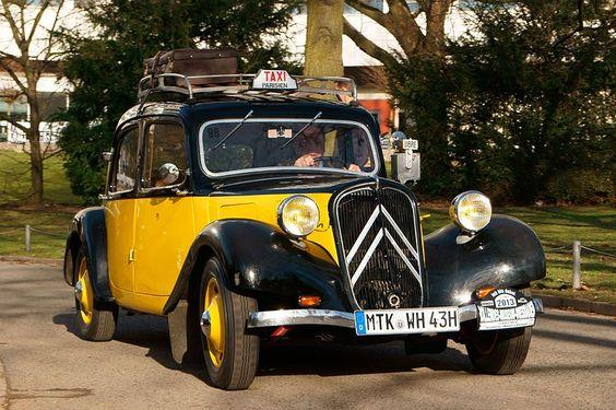 Citroen traction avanti taxi de Paris