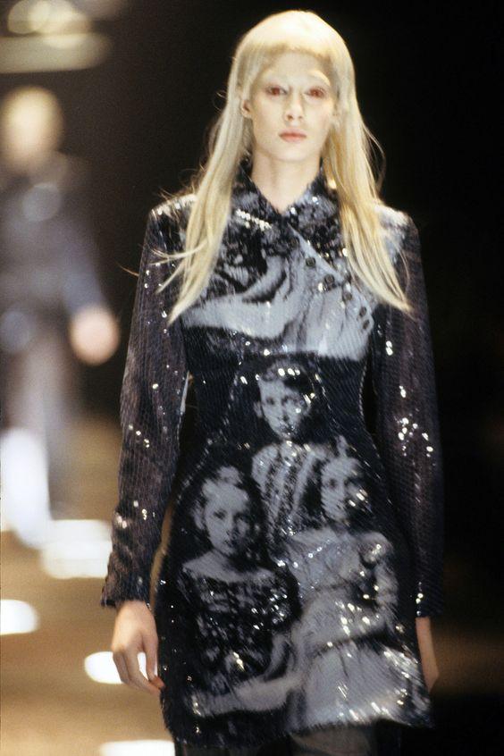Alexander McQueen Fall 1998 Ready-to-Wear Fashion Show Details: