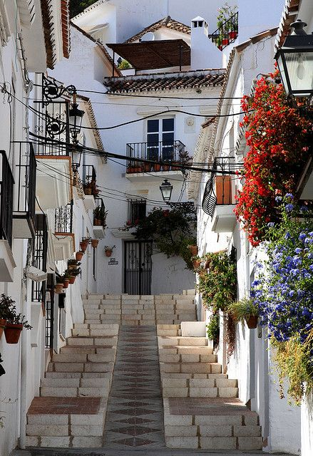 Streets of Mijas in Andalusia, Spain (by David IFA).