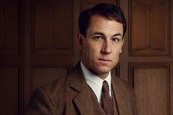 Outlander news: Is there a Frank Randall novel on the horizon? - Daily Record