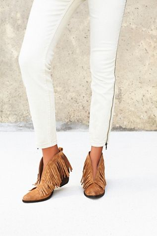 Essential Boho Fashion: Ankle Boots