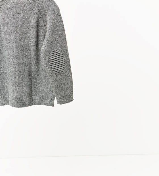 Image 4 de Pull avec tête de mort en relief de Zara