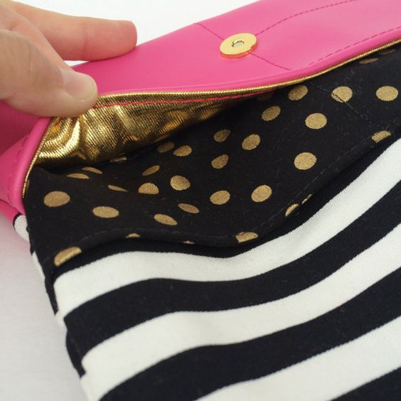 Fold over clutch with lot of outer pockets / by babymamasewshop