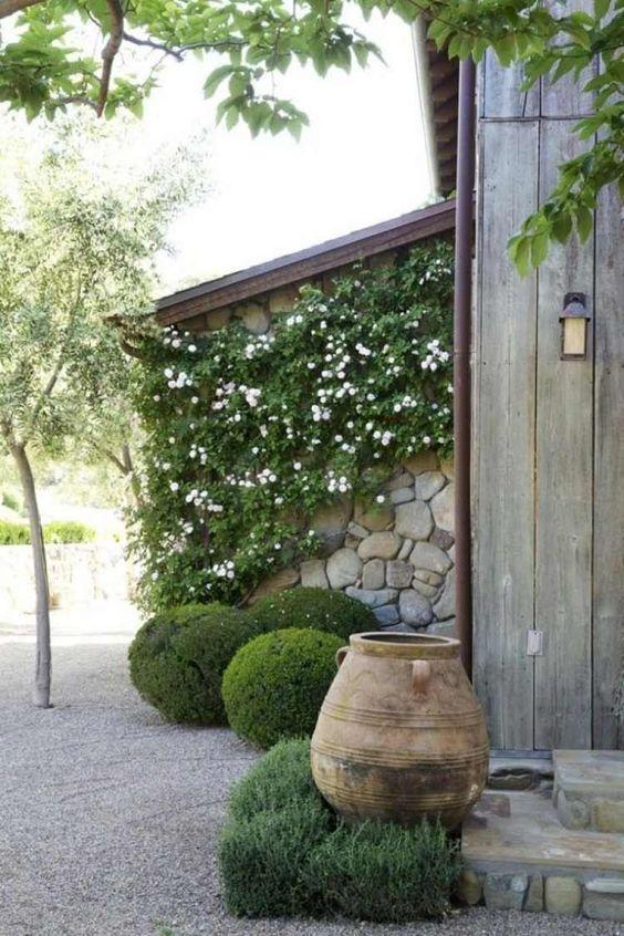 den garten abwechslungsreich arrangieren und bepflanzen trockengarten pinterest garten. Black Bedroom Furniture Sets. Home Design Ideas