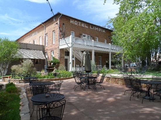 Hotel Limpia Fort Davis Texas In Ft West Old Time Charm Lovely Hiking Nearby Cool Evenings Summer Great H