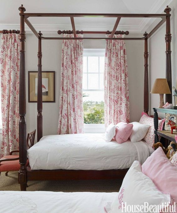 Classic little girls room by Amanda Lindroth.