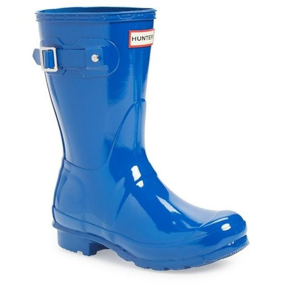 Women's Hunter 'Original Short' Gloss Rain Boot (15355 RSD) ❤ liked on Polyvore featuring shoes, boots, azure, shiny shoes, polish shoes, shiny boots, polishing boots and rubber boots
