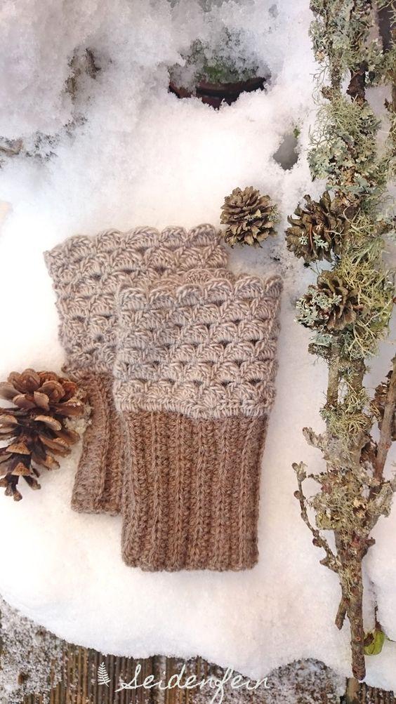 Weich und warm für kalte Wintertage : gehäkelte Stulpen * cosy and warm for cold winter days : mittens | seidenfein 's  Dekoblog | Bloglovin'