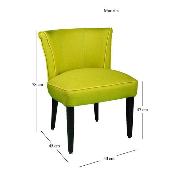 Kunstvoll verarbeitet mit einer graziösen Erscheinung, ist dieser Stuhl ideal für den Gebrauch am Arbeitstisch oder als zusätzlicher Stuhl. Das weiche Innenfutter und ein stabiler Holzrahmen machen dieses Stück zu einer richtigen Wahl für ein komfortables Sitzen.