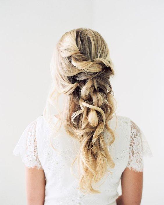 """Pin for Later: 20 Instagram-Konten für endlose """"Haar-spiration"""" Stephanie Brinkerhoff, professionelle Haarstylistin und Makeup-Artist mit Fokus auf das Thema """"Hochzeit"""""""