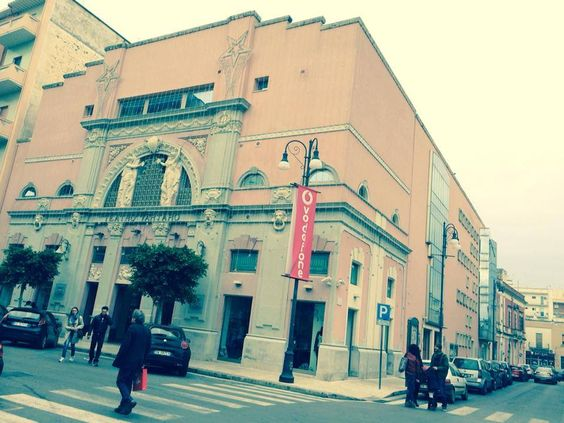 Teatro Tartaro 19, corso Principe di Piemonte Galatina.