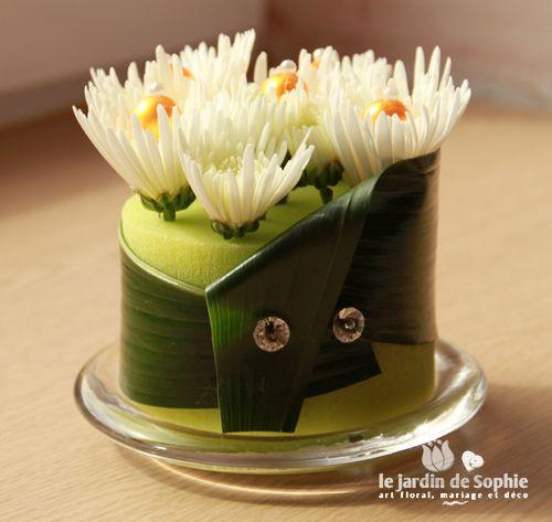 mini gateau floral avec cylindre mousse florale vert flower arranging pinterest minis. Black Bedroom Furniture Sets. Home Design Ideas
