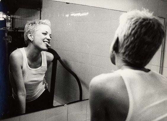 Shirley, 2002