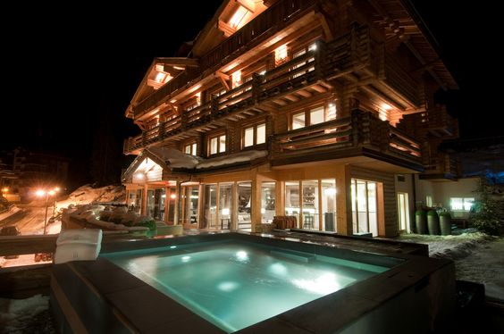 Imagine a warm jacuzzi after skiing the Swiss Alps. Only at the Lodge Verbier in Switzerland.
