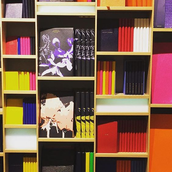 WEBSTA @ soireesanfrancisco - Leather   Color = ❤️ #smythson #leatherjournals #leatherdayplanners #londonwrites
