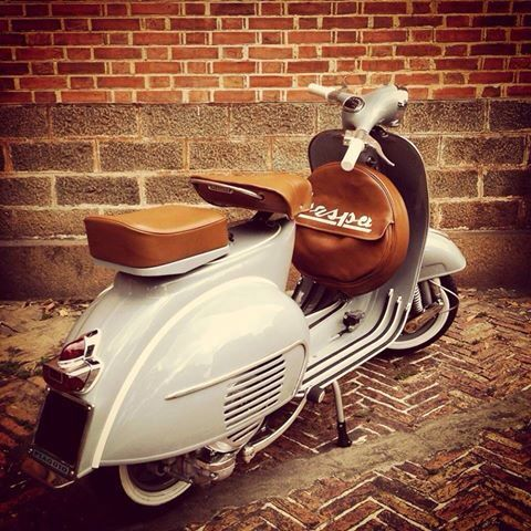 Nice looking Vespa.
