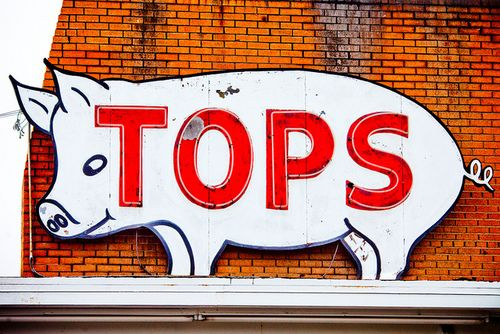 Tops BBQ sign - Memphis, Tn.