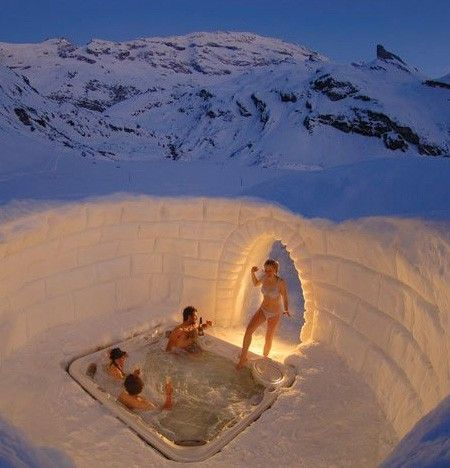 hot tub in a half igloo alaska eskimos igloos pinterest awesome tubs and parks. Black Bedroom Furniture Sets. Home Design Ideas