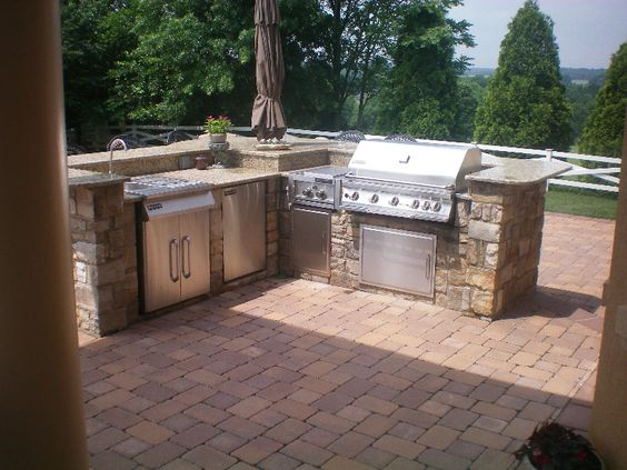 Built in outdoor grill designs maryland custom bbq grill for Outdoor grill island ideas