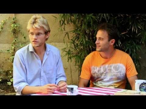 Interview de Nans et Mouts de l'émission TV Nus & Culottés - YouTube