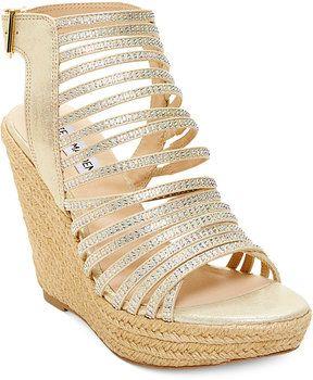 neeeed -- Steve Madden Garrden Strappy Espadrille Platform Wedge Sandals  -- http://www.hagglekat.com/steve-madden-garrden-strappy-espadrille-platform-wedge-sandals/
