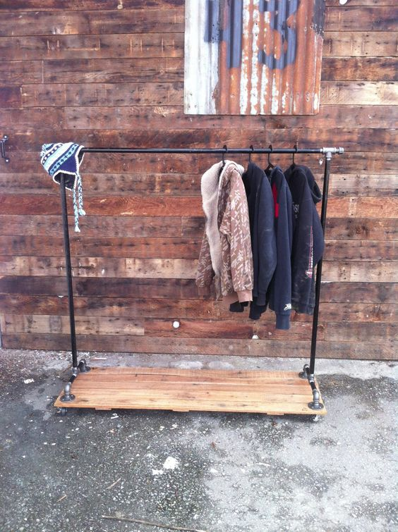 Industrial Cast Iron Pipe Clothing Rack by JSReclaimedWood on Etsy, $338.00