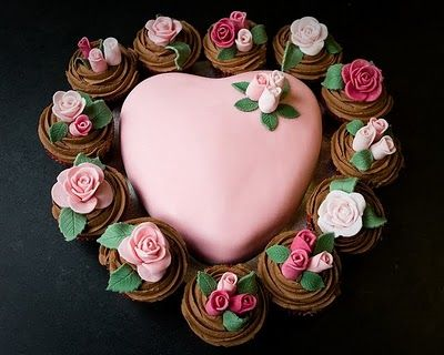 Cupcake flower cake.