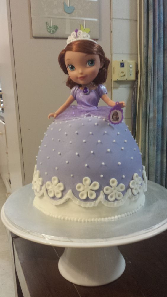 My doll cake Sofia the first