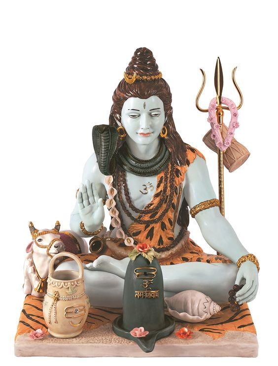 This Shivratri Gift your loved ones, Idol of Lord Shiva made of Porcelain and 24 caret Gold plated!!! Only available at Ekaani. #happyshivratri #homedecor #lordshiva #ekaani: