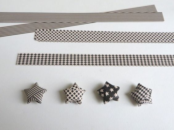 Comment fabriquer des toiles en origami beautiful beaux endroits et design - Faire une etoile en papier ...
