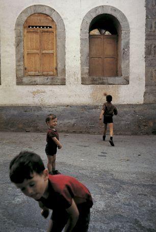 William Albert Allard (born in 1937 in Minneapolis, Minnesota) is an American documentary photographer.