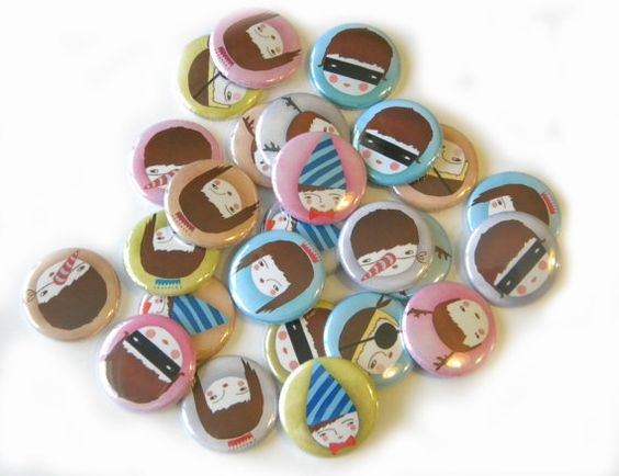 Buttons-Funny Friends set of 20 by buttonsandbadges on Etsy