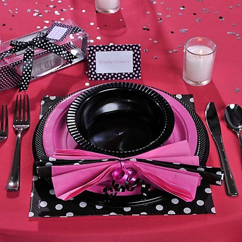 Pinterest the world s catalog of ideas for Bachelorette party decoration ideas