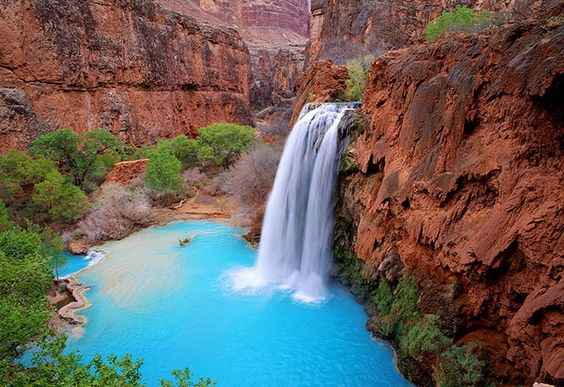 Havasupai in #Arizona #USA - The canyon is reachable only through helicopter, mule or hiking. The small town is an Indian Reservation, cradled by red rock and gem blue waterfalls and lagoons. MUST SEE