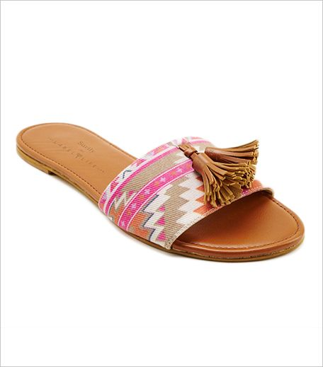 10 Chic Ethnic Sandals That Will Perfect Your Desi Look!